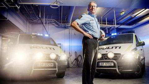 Politidirektør Odd Reidar Humlegård vil bytte ut ansatte i politiet. Det kan det bli bråk av.