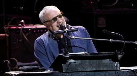 Donald Fagens lakoniske tekster og minneverdige melodier er aktuell både på konsertplate med Steely Dan og en liveversjon av soloklassikeren «The Nightfly».