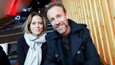 Thomas Giertsen og medskuespiller Ine Jansen fra «Helt perfekt», en av Feelgoods tv-serier og hovedkilder til den høye omsetningen i fjor.