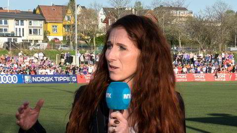 Lise Klaveness er den første kvinnen i Norge til å være ekspertkommentator under herrenes fotball-VM. Det blir lagt merke til.