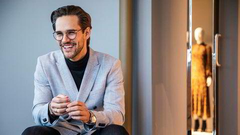 33 år gamle Moritz Garlich har syv år i H&M-systemet bak seg. Nå er han ny sjef i Norge.