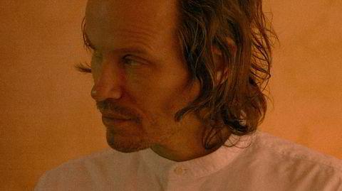 Andreas Ihlebæk gjør suksess med kontemporær pianomusikk på beroligende «I Will Build You A House».