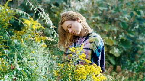 Drømmenes teater. Omtrent i det øyeblikket Kristine Kujath Thorp hadde gitt opp skuespiller-ambisjonene, rettet seg inn mot et liv bak kamera, ble livet likevel som på film. Nå er hun snart å se både i kinofilmer og tv-serier.