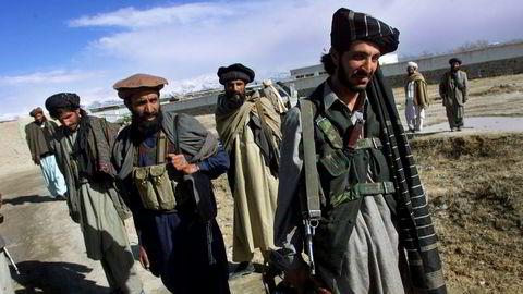 Afghanske Taliban-krigere trekkes nå inn i forsvarsdebatten mellom pensjonert flaggkommandør Jacob Børresen og tidligere forsvarssjef Sverre Diesen.
