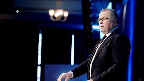 Eldar Sætre ville egentlig bare være korttidsvikar som toppsjef da forgjengeren sluttet i 2014. Nå fortsetter han etter 62-årsdagen neste år, med enda bedre lønn og pensjonspakke.