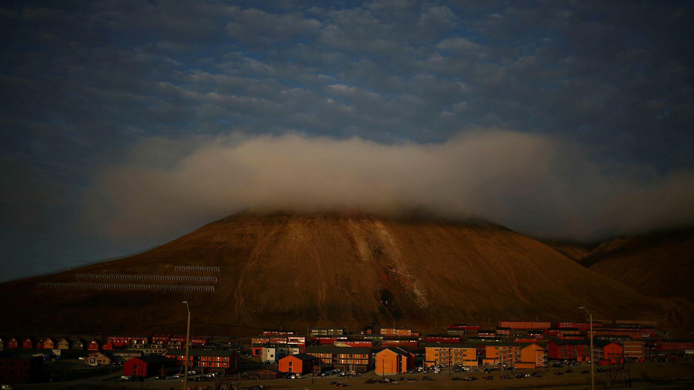 Staten etablerer lokalkontor i Longyearbyen på Svalbard.