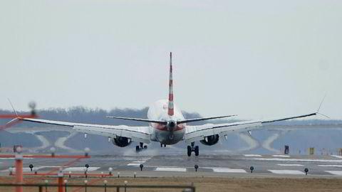 American Airlines meldte fredag at de tar i bruk Boeing 737 Max 8 fra mars neste år.