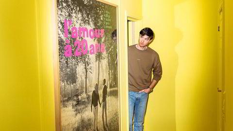 Gult kort. I fjor malte skuespiller og regissør Torstein Bjørklund, gangen gul. En kompis mener den minner om et «galehus».