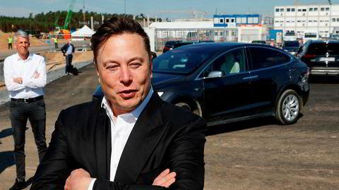 Tesla-sjef Elon Musk møtte pressen på byggeplassen for fabrikken i Tyskland i september.