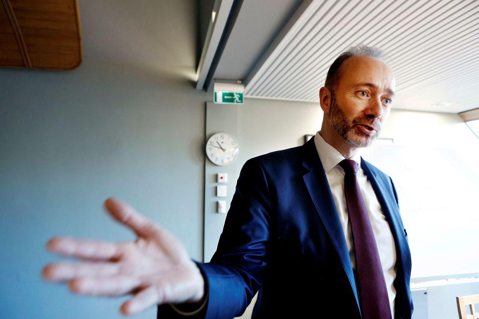 Trond Giske gikk av som nestleder i Arbeiderpartiet søndag etter en rekke varslingssaker om upassende oppførsel mot kvinner i og utenfor partiet.