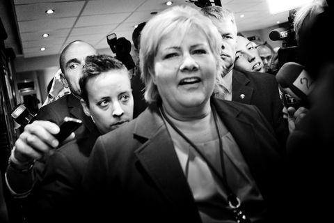 NYHETSREPORTASJE. Hampus Lundgren tok førsteplassen for sine bilder fra valgnatten ifjor høst da Erna Solberg ble landets nye statsminister.