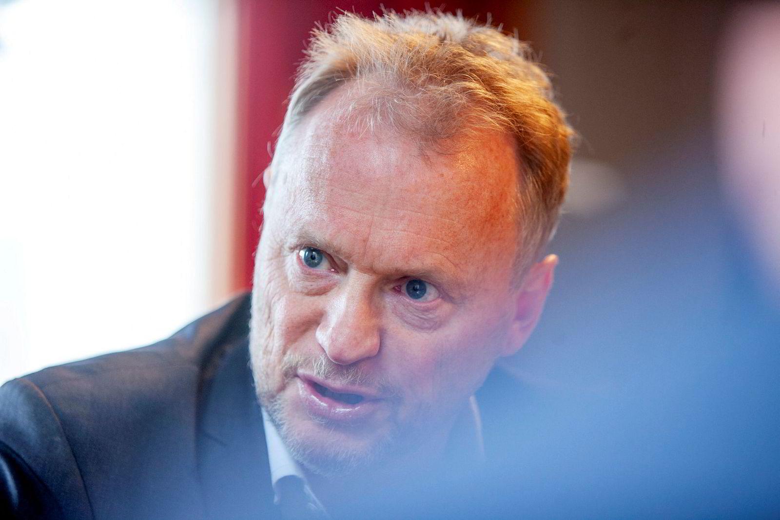 Byrådsleder Raymond Johansen mener Hans Geelmuyden brenner broer.
