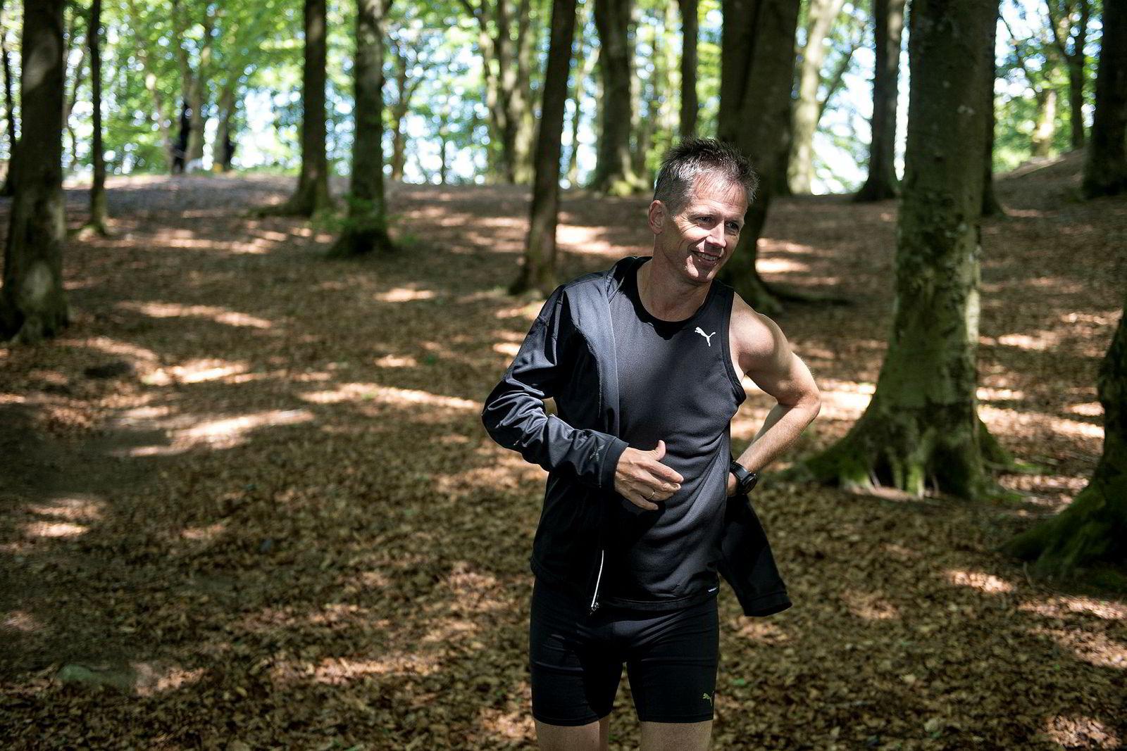 Bakken inspirerte til bakketrening. – Jeg fulgte Marius Bakkens maratontreningsprogram, der det ble lagt vekt på såkalte «smart strides». Disse dragene har i alle fall hjulpet meg veldig i forhold til løpingen, sier Tore Knudsen.