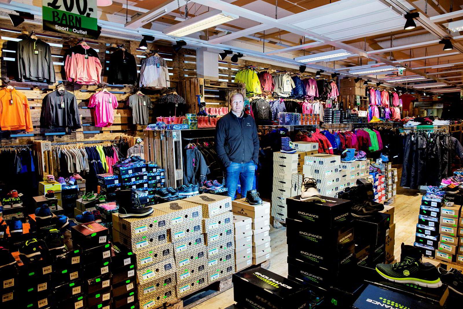 Tor-Andre Skeie, daglig leder i butikkjeden Sport Outlet.