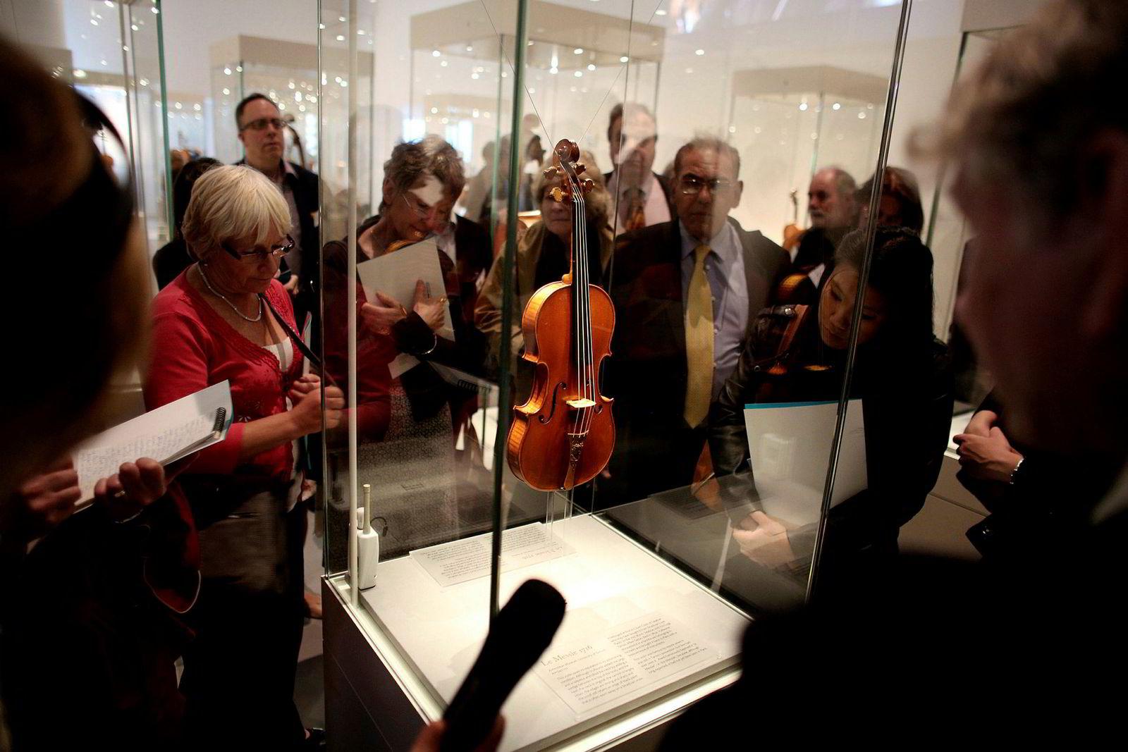 Fiolinen Le Messie laget av Antonio Stradivari i 1716 på utstillingen