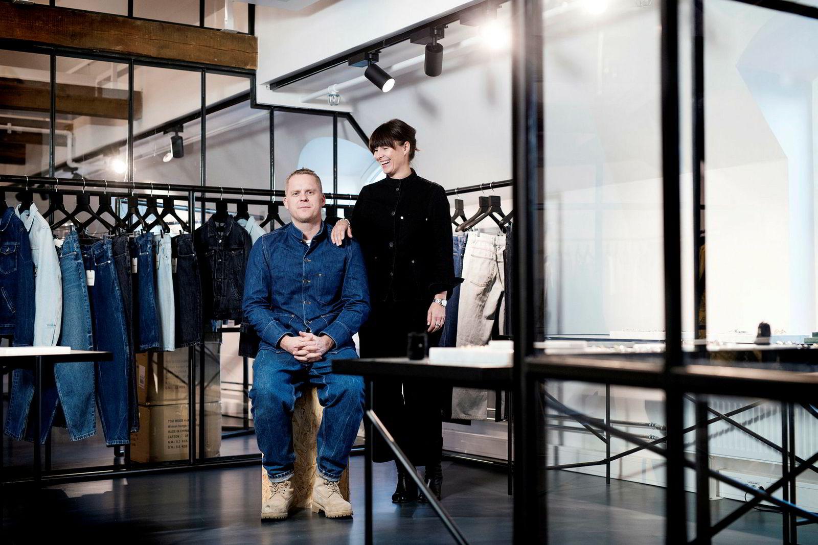 På fire år har paret Morten Isachsen og Mona Jensen bygget opp merkevaren Tom Wood og fått innpass hos noen av verdens mest kresne design- og konseptbutikker.
