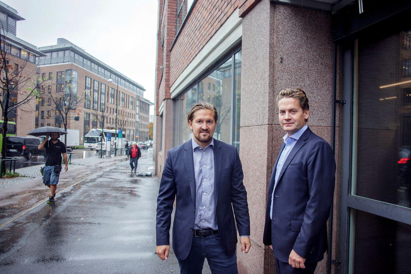 Kahoot ligger an til å nå sine mål om brukervekst, og forventer 100 millioner månedlige aktive brukere ved utgangen av året. Fra venstre: Administrerende direktør i Kahoot Åsmund Furuseth og styreleder Eilert Hanoa.