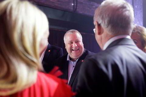 Frp-politiker Bård Hoksrud var også møtte frem for å ferie TV 2 Nyhetskanalen.