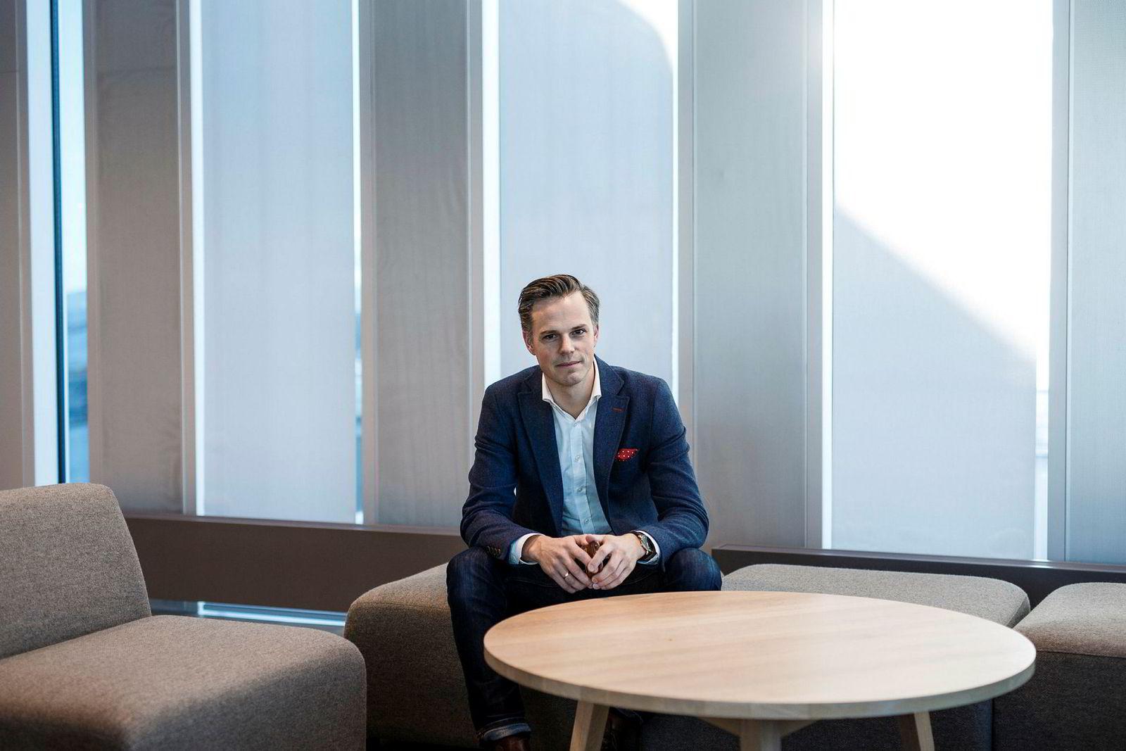 DNBs informasjonssjef Even Westerveld sier teknologien ikke gir nok fremskritt for norske banker, sammenlignet med kostnadene.