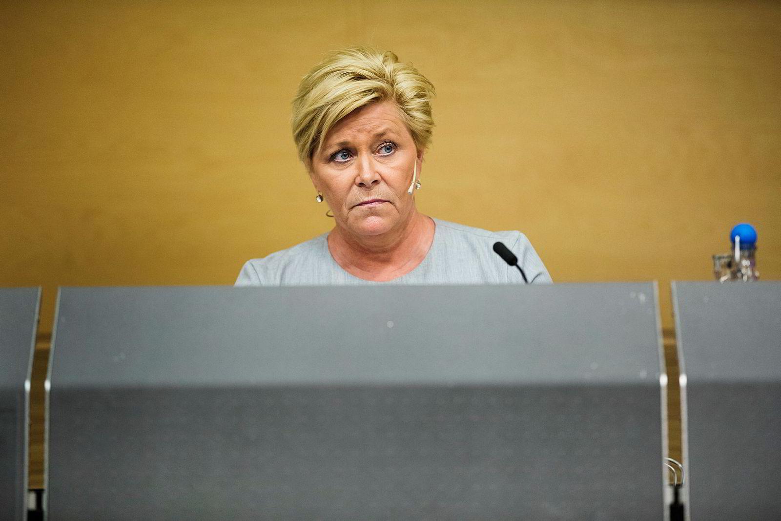 Siv Jensen la frem revidert nasjonalbudsjett på tirsdag.