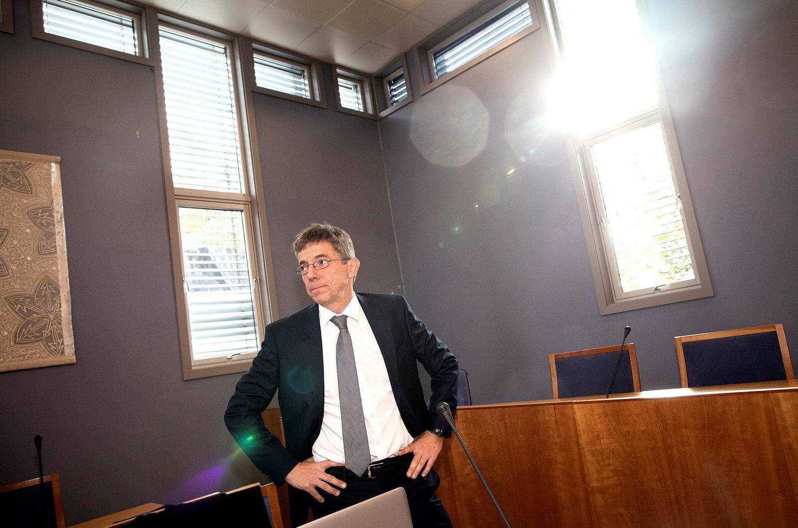 Hans Tore Høviskeland i Økokrim fikk gjennomslag i lagmannsretten for at Hanne Madsen skal dømmes til ubetinget fengsel for overtredelsene i strandsonen.