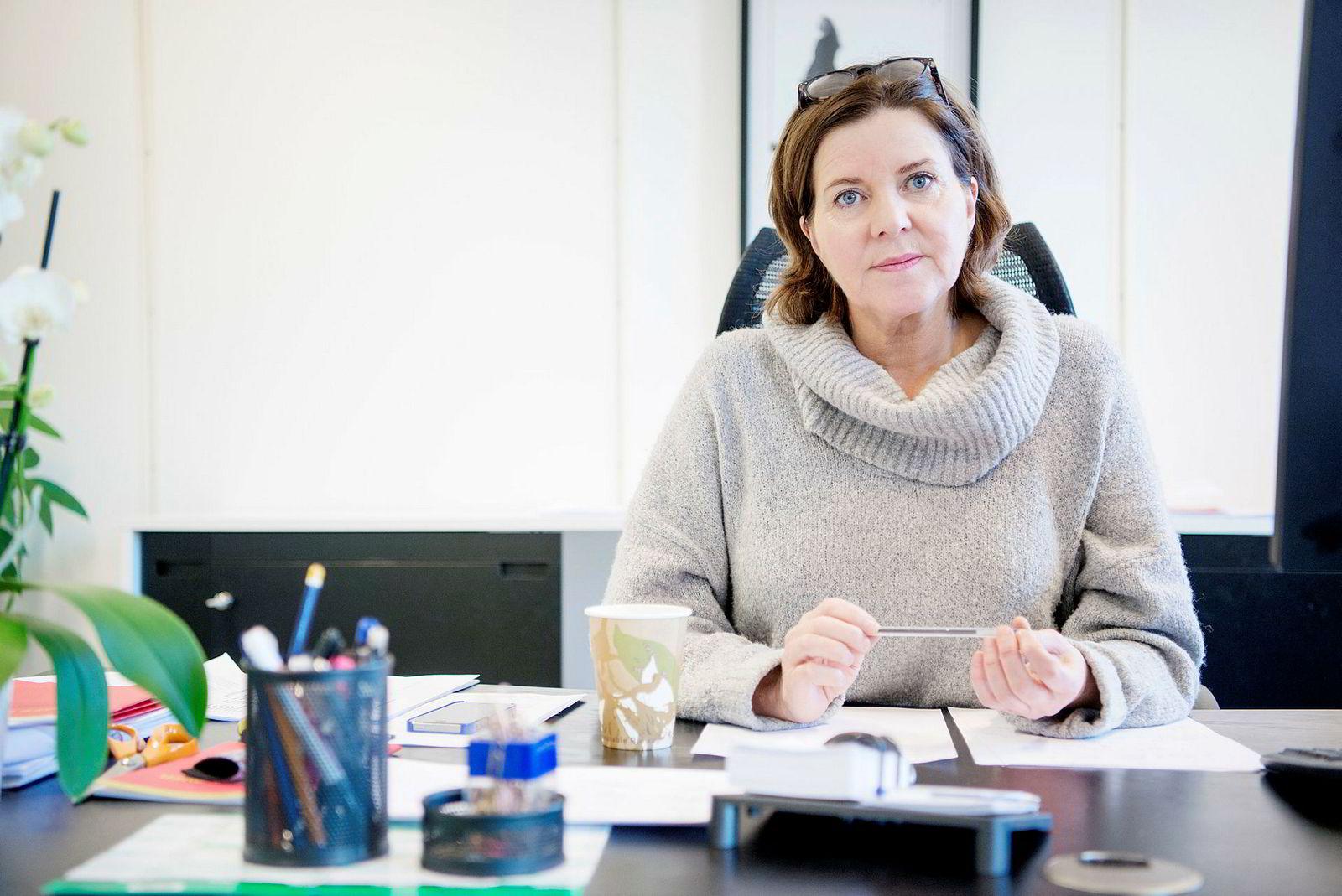 Likestillingsombud Hanne Bjurstrøm mener at mange ikke er klar over hvor godt beskyttet mødre og fedre i foreldrepermisjon skal være i arbeidslivet.
