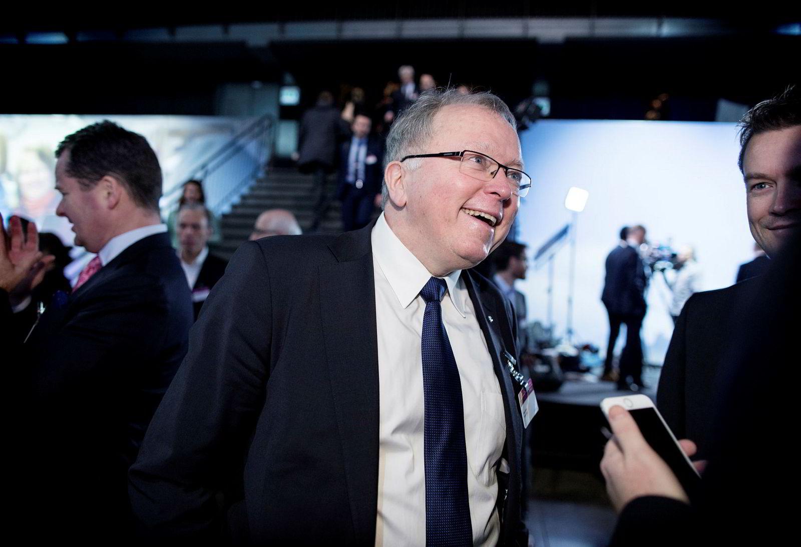Eldar Sætre i Statoil ankom NHOs årskonferanse i Oslo Spektrum tirsdag morgen.