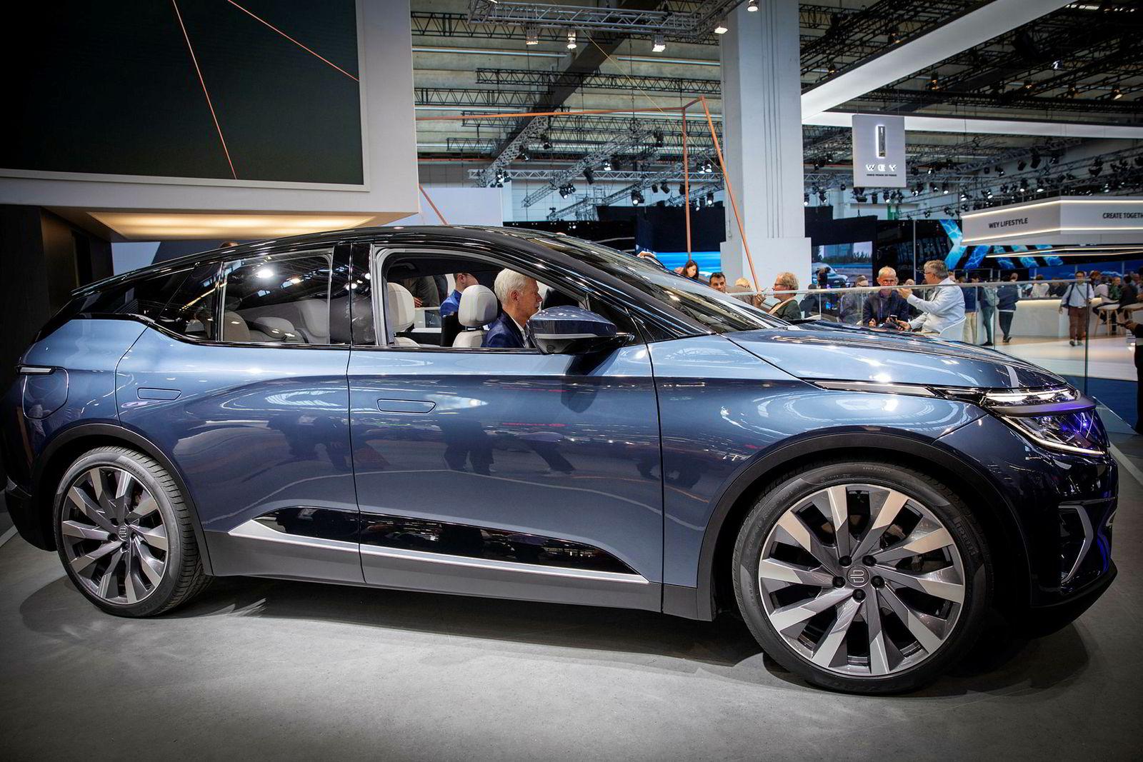 Byton M-Byte er 487,5 centimeter lang og har et bagasjerom på 550 liter. Bilen kommer til Norge i 2021.