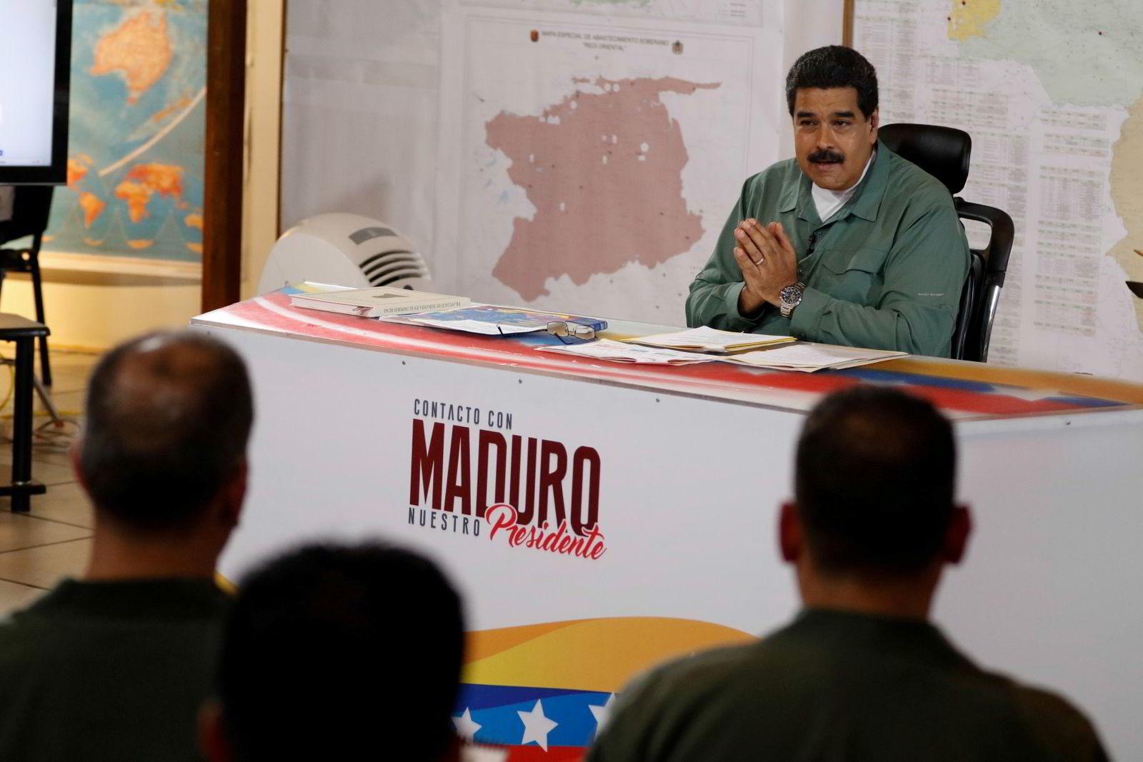Venezuelas President Nicolás Maduro har gitt mer makt til de militære. FOTO: Miraflores Palace/Reuters/NTB scanpix