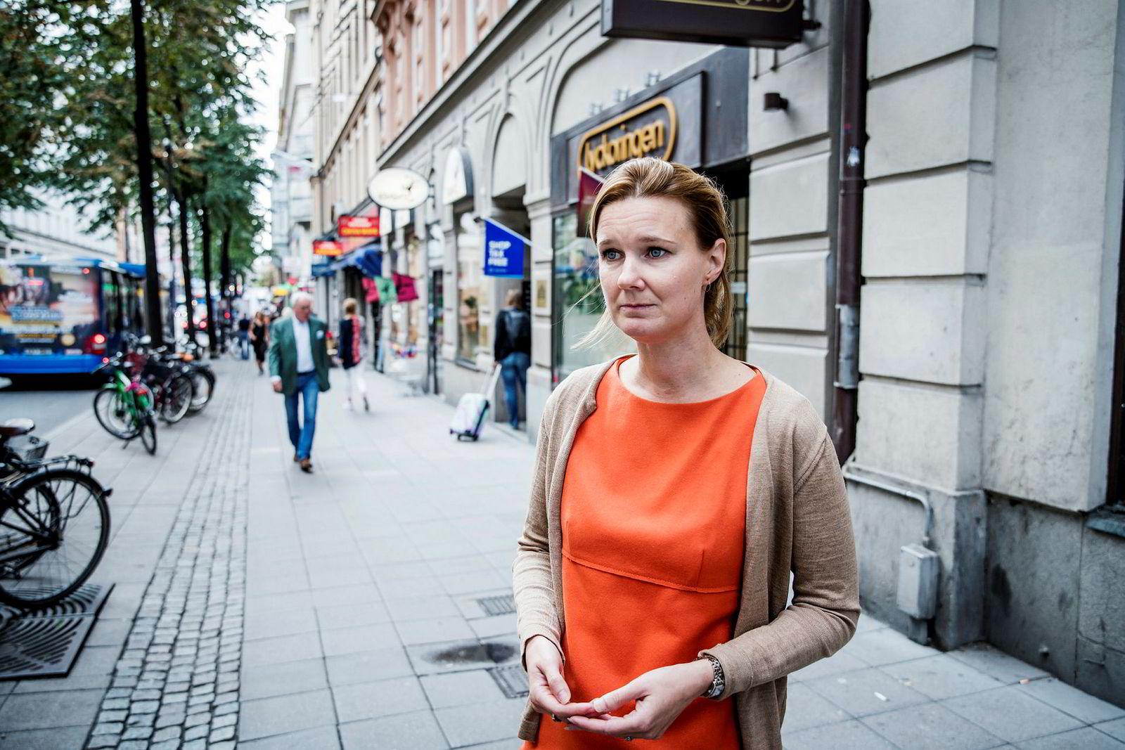 – Stefan Löfven kommer til å bli stemt ned i Riksdagen når den åpner. Deretter kommer alle partiene til å forsøke å nå frem med sitt første alternativ, sier Karin Svanborg Sjövall, administrerende direktør i tankesmien Timbro.