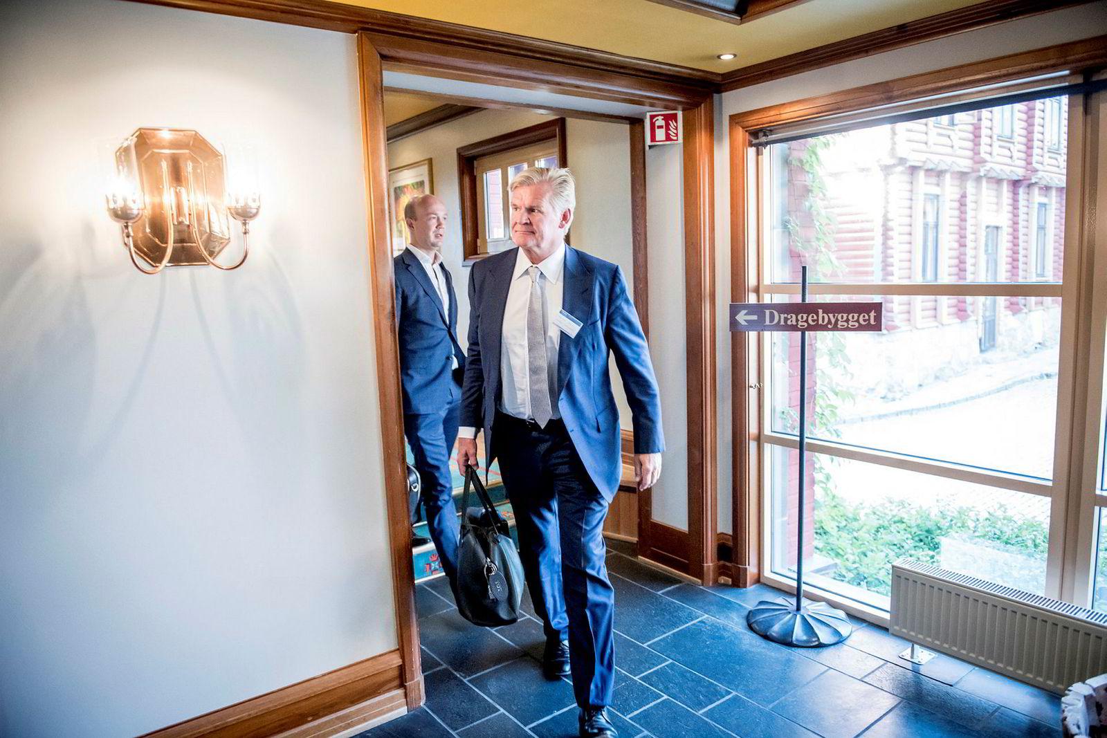 Tor Olav Trøim (foran) sammen med Håkon Reistad Fure på Pareto-konferansen i fjor høst.