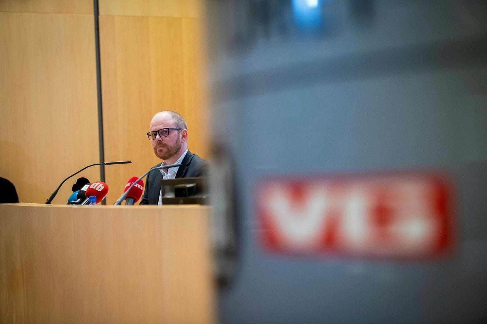 VGs sjefredaktør Gard Steiro trekker frem fallende annonseinntekter og store investeringer som hovedårsaken til at driftsresultatet falt med 28 prosent i første kvartal.
