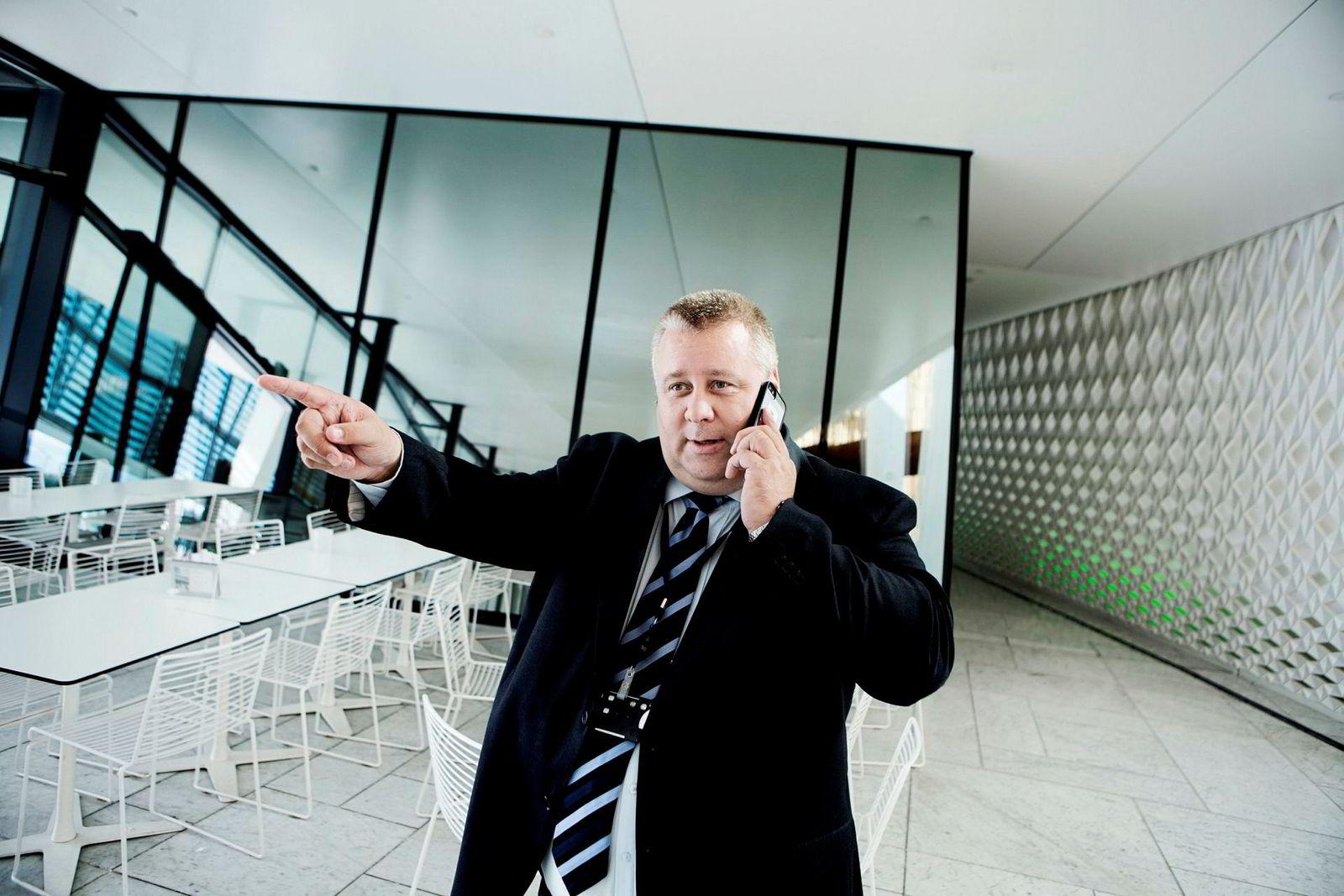 Frps helsepolitiker Bård Hoksrud blir etter det DN erfarer ny landbruksminister.