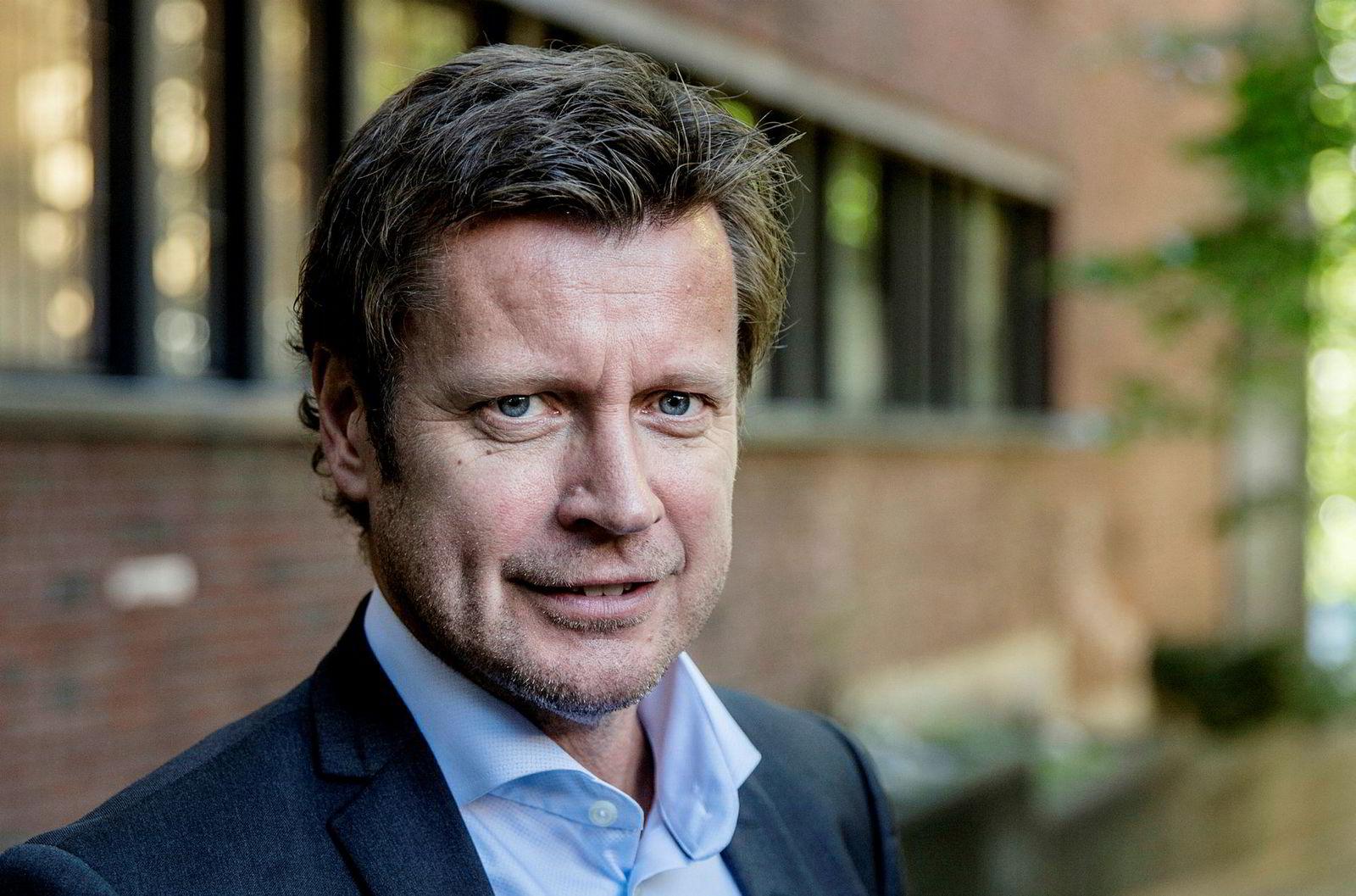 Kanaldirektør i TV 2, Trygve Rønningen, påpeker at en nedgang fra i fjor skyldes fjorårets populære fotball-VM for herrer, som gikk i månedsskiftet juni og juli.