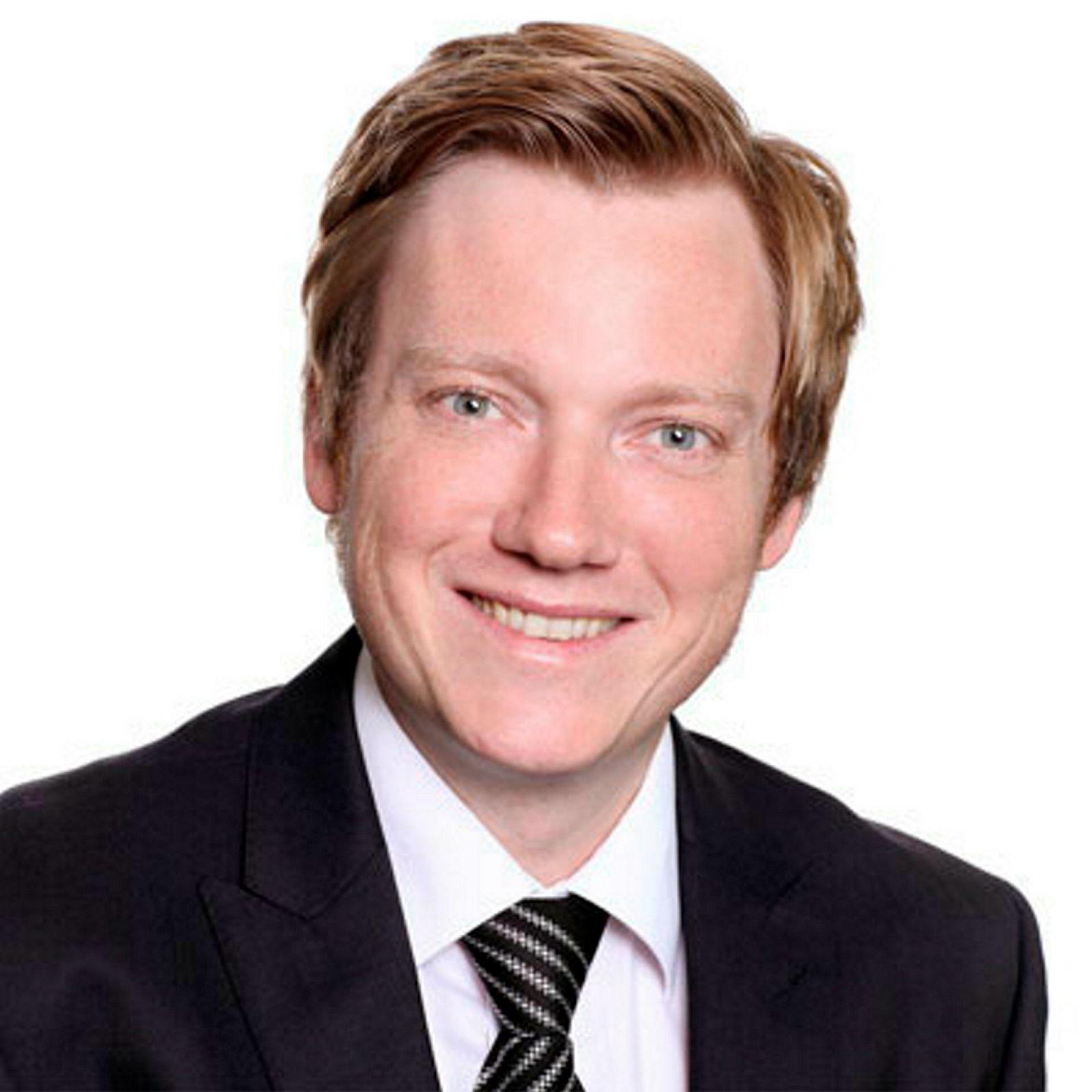 – Får man en brå nedgang i boliginvesteringene, kan det være et tegn på en kommende resesjon, sier Knut Are Aastveit ved Norges Banks forskningsenhet.
