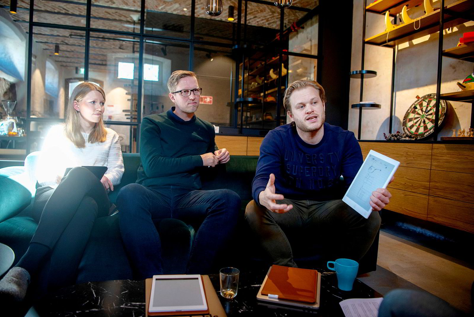 Remarkable, her representert ved Jannicke Soløy Sletten, leder for detaljhandelsalget, kommunikasjonssjef Henrik Gustav Faller og gründer og daglig leder Magnus Haug Wanberg.