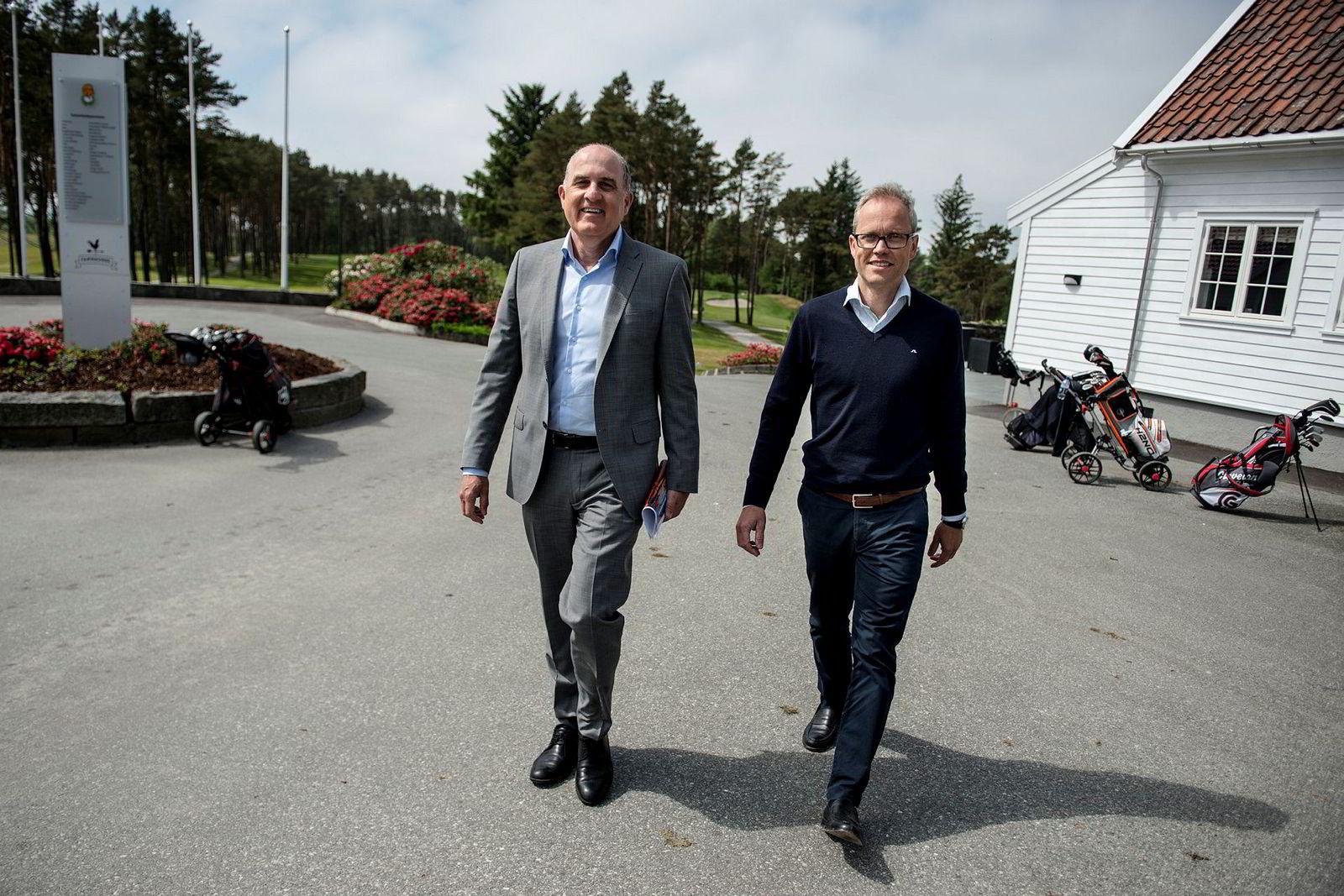 Solen skinner på Vestlandet. Konserndirektør Tore Medhus og sjeføkonom Kyrre Knudsen fra Sparebank 1 SR-Bank kan rapportere om nesten grenseløs optimisme i oljebransjen.