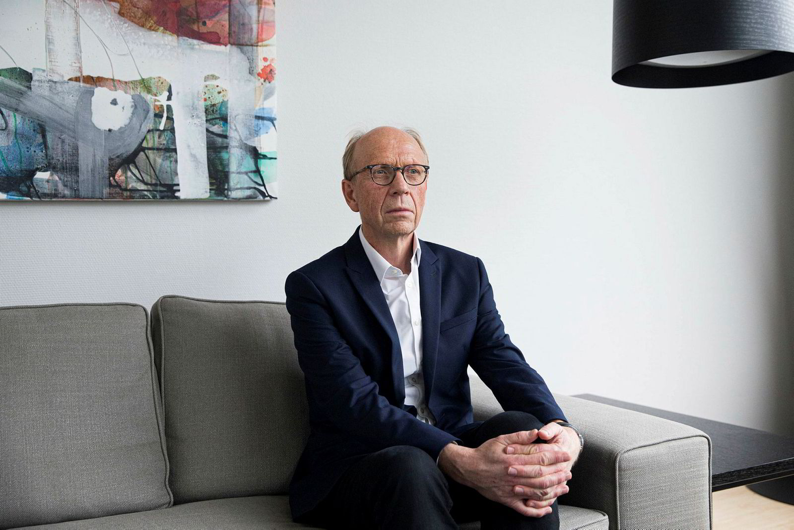 Knut Kjær, tidligere sjef i Oljefondet, understreker at det er farlig å ha andre mål enn langsiktig finansiell avkastning for fondet.
