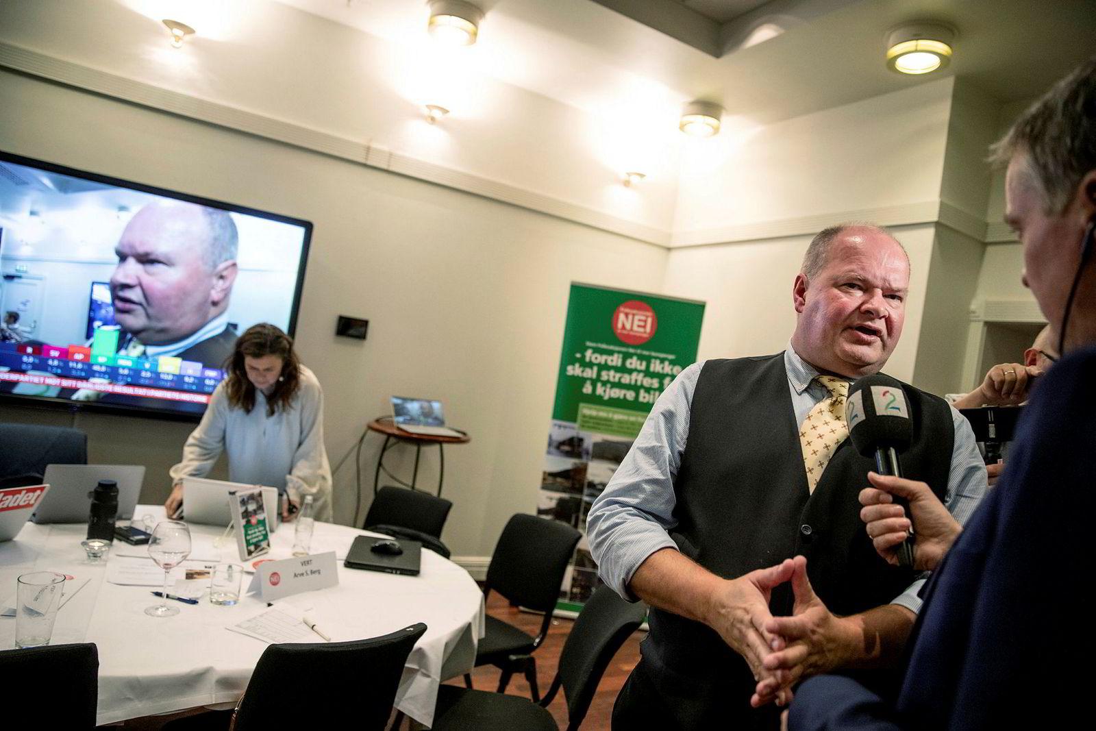 Trym Aafløy og FNB synes å hanke inn nesten like mange stemmer som Arbeiderpartiet og Høyre i Bergen.