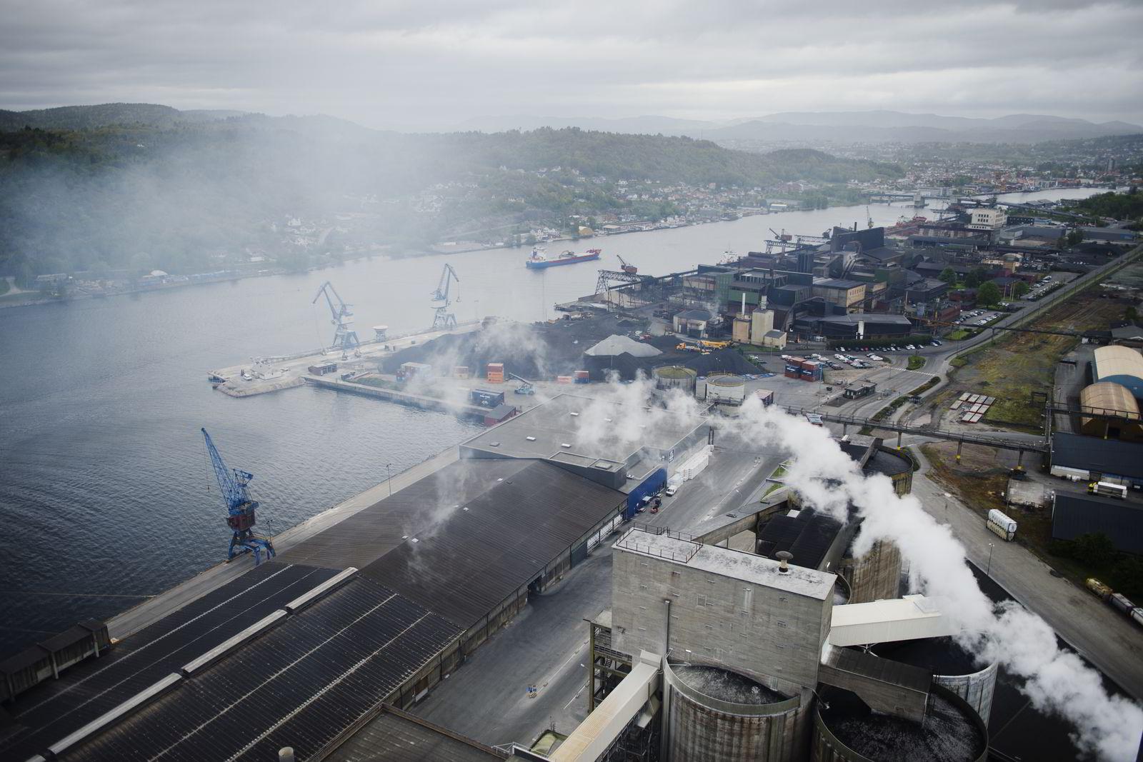Utsikt over Yaras fabrikk på Herøya utenfor Porsgrunn. Foto:Hampus Lundgren