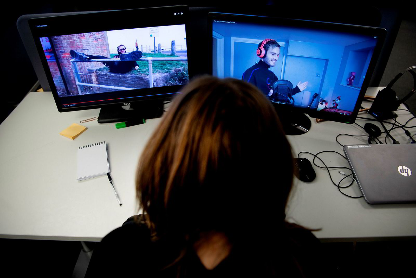 Kampen mellom PewDiePie og T-Series har fått stor oppmerksomhet både i media og i Youtubernes egne filmer. Til venstre har svensken laget en «disserap» mot sin indiske konkurrent.