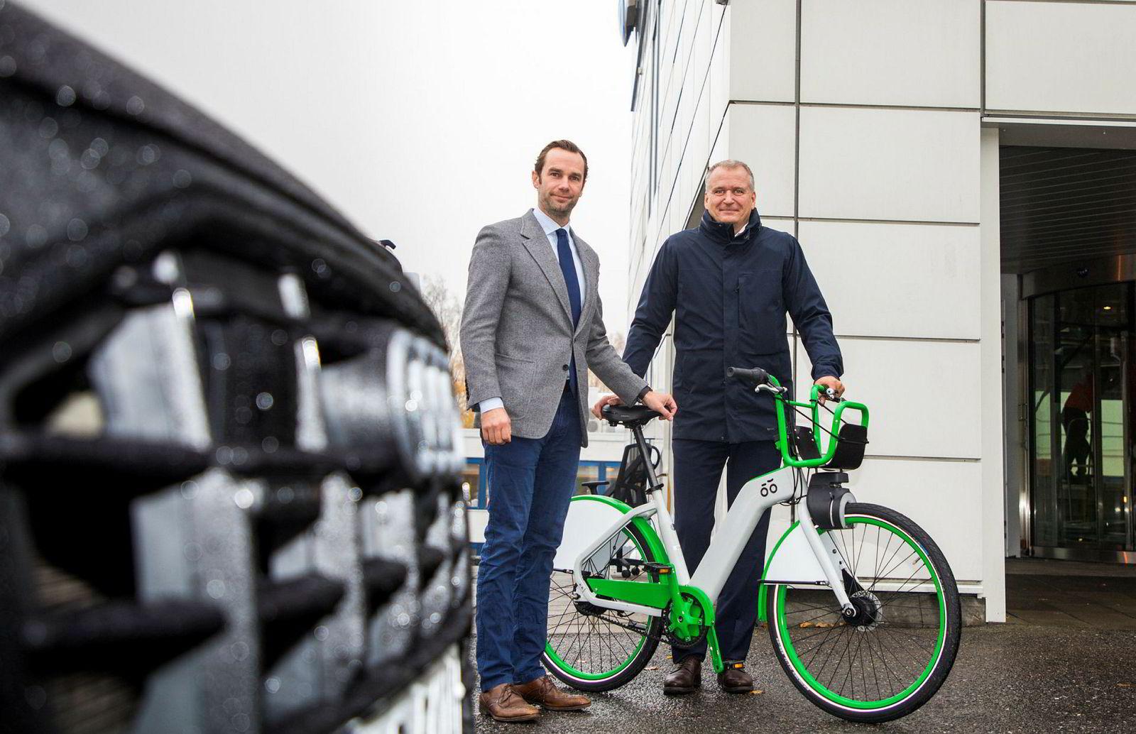 Møller Mobility Group går inn sammen med Selvaag-gruppen,  som eier i bysykkelselskapet UIP. Fra venstre Gunnar Frederik Selvaag og  Terje Male.