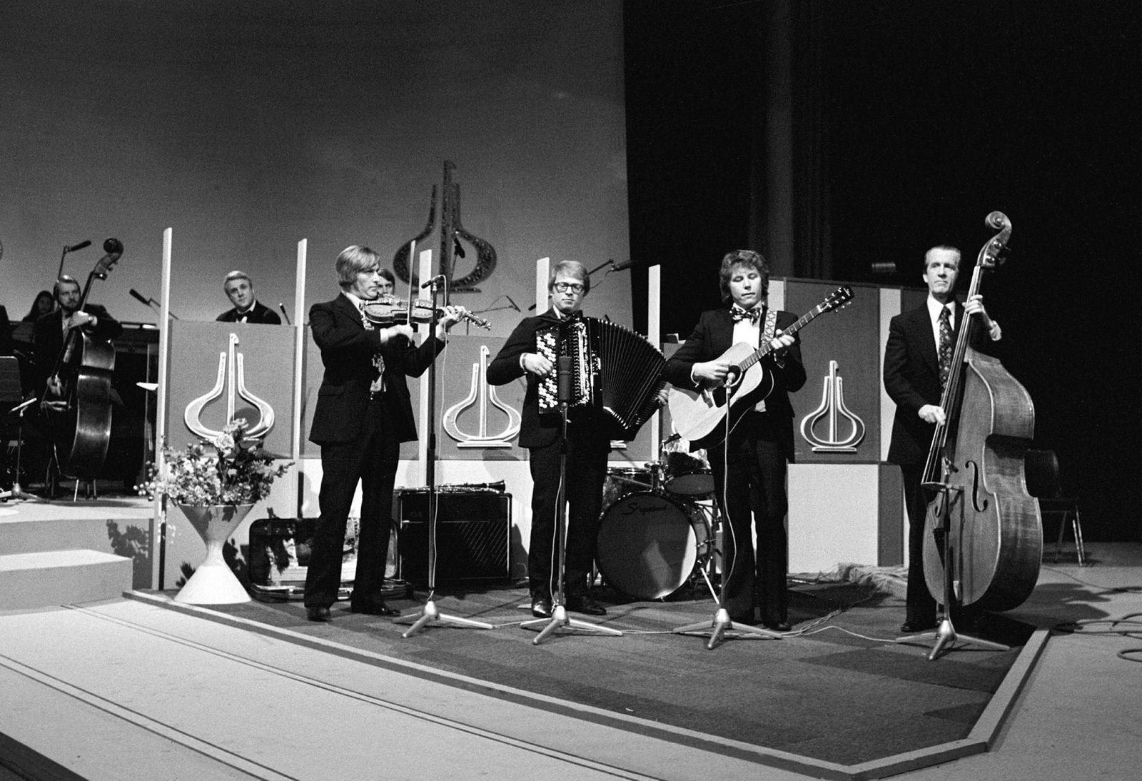 Sven Nyhus' kvartett opptrer under utdelingen av Spellemannprisen i 1975 – da kravene til tv-underholdning var noe annerledes.