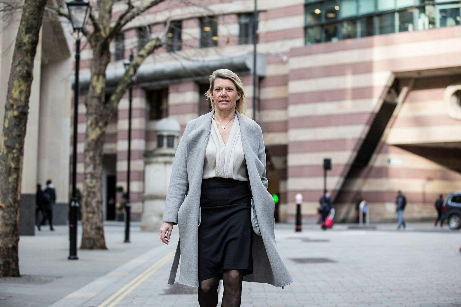 DNB-sjef Kjerstin Braathen vil ikke være med å ta regningen for nye it-systemer i bankvesenet i nabolandene. Bildet er tatt i London tidligere i år.