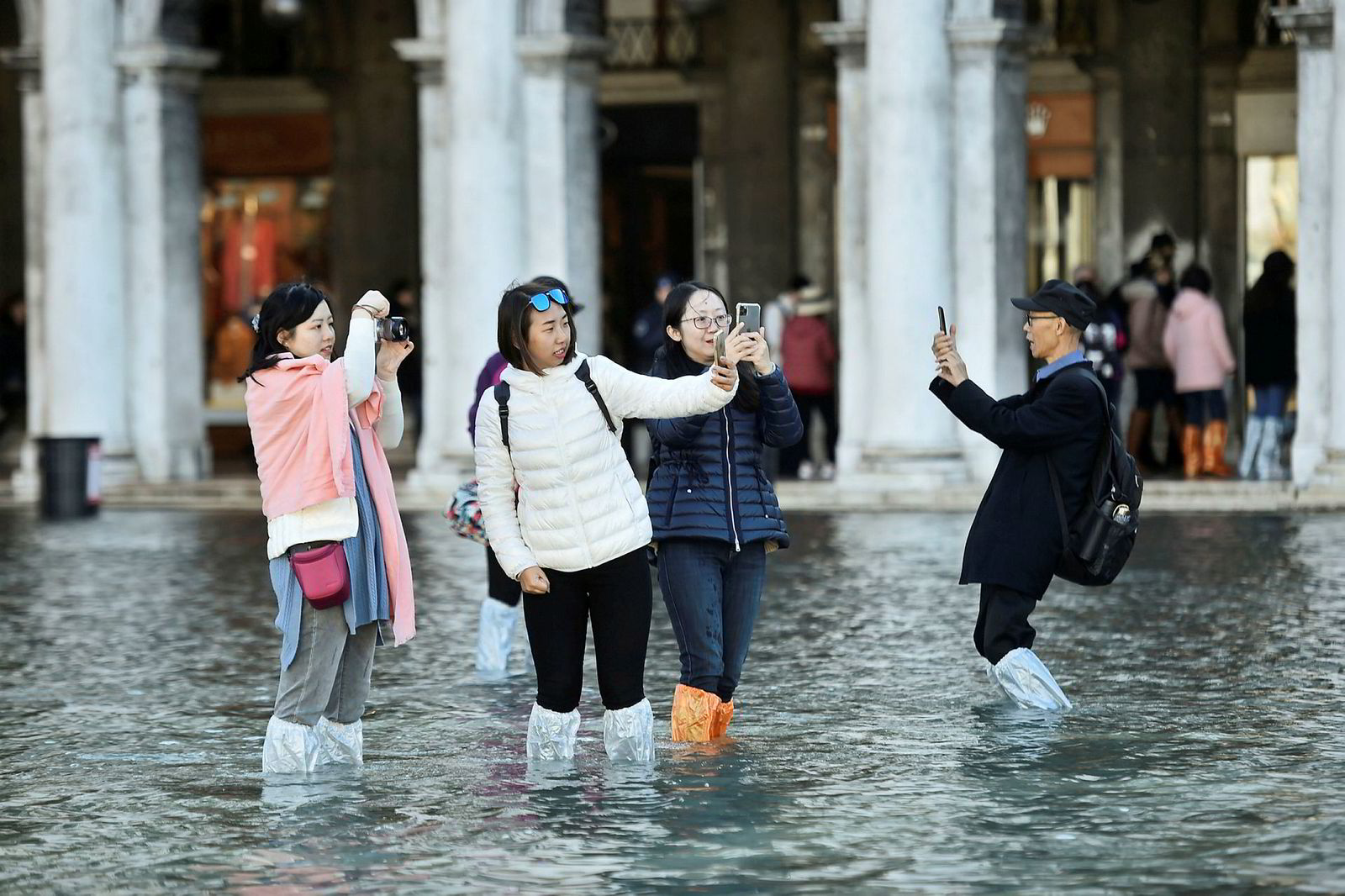 Turistene har fått et ekstra spesielt opphold i Venezia i disse dagene.