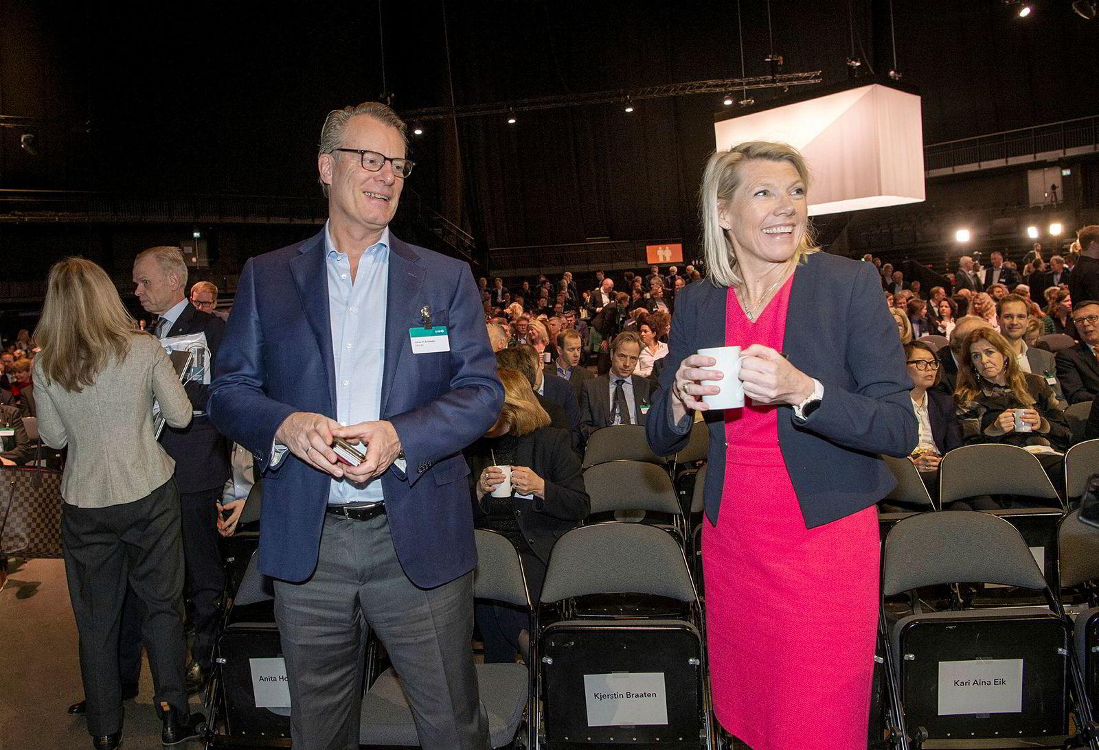 Ferds Johan H. Andresen jr. og DNBs Kjerstin Braathen var på plass på årskonferansen onsdag morgen.