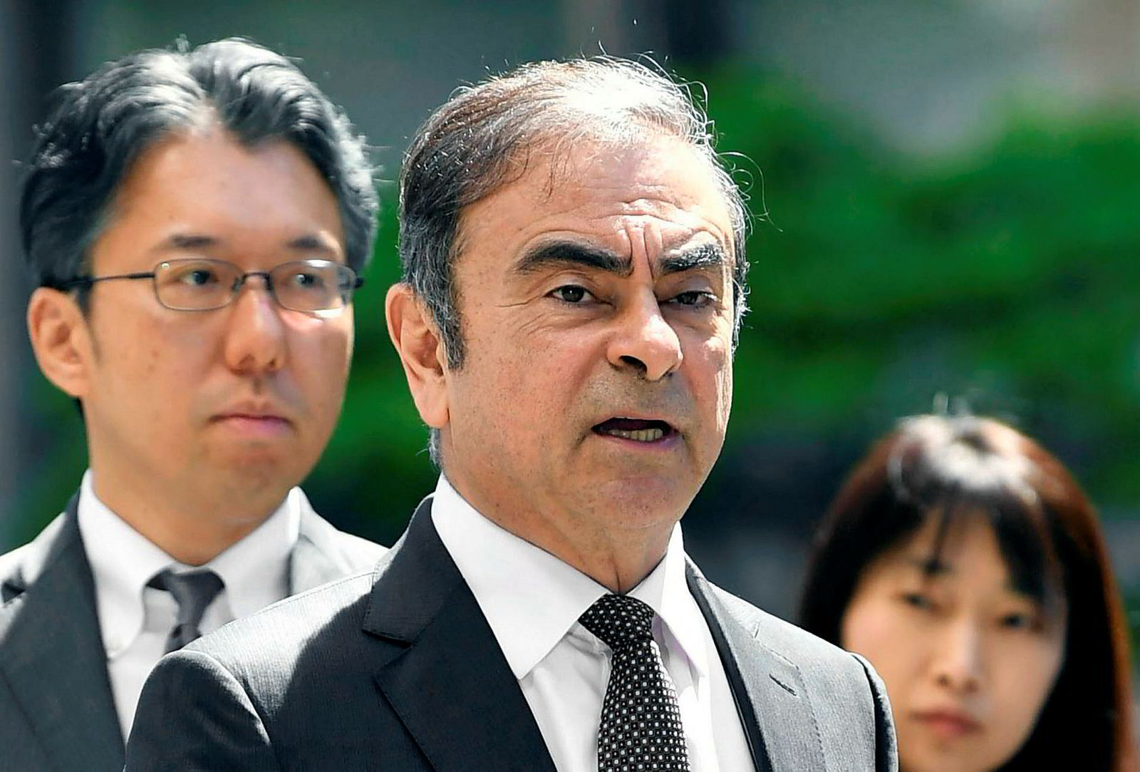 Renault leder en allianse med Nissan og Mitsubishi, og har forsøkt å fusjonere med Nissan. Arrestasjonen av den tidligere toppsjefen Carlos Ghosn har lagt hindringer i veien for planene.