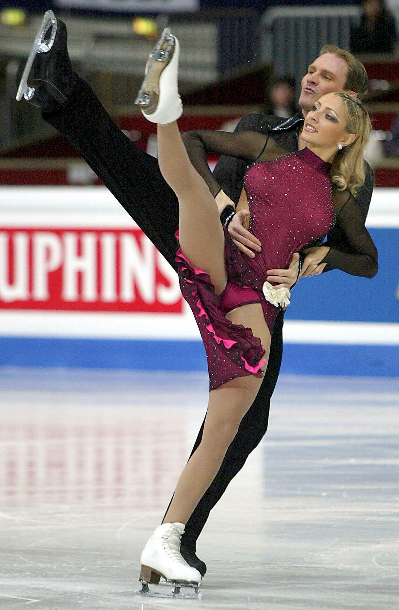 Tatjana Navka og dansepartner Roman Kostomarov under verdensmesterskapet i Dortmund i 2004, da hun var på toppen av karrieren.
