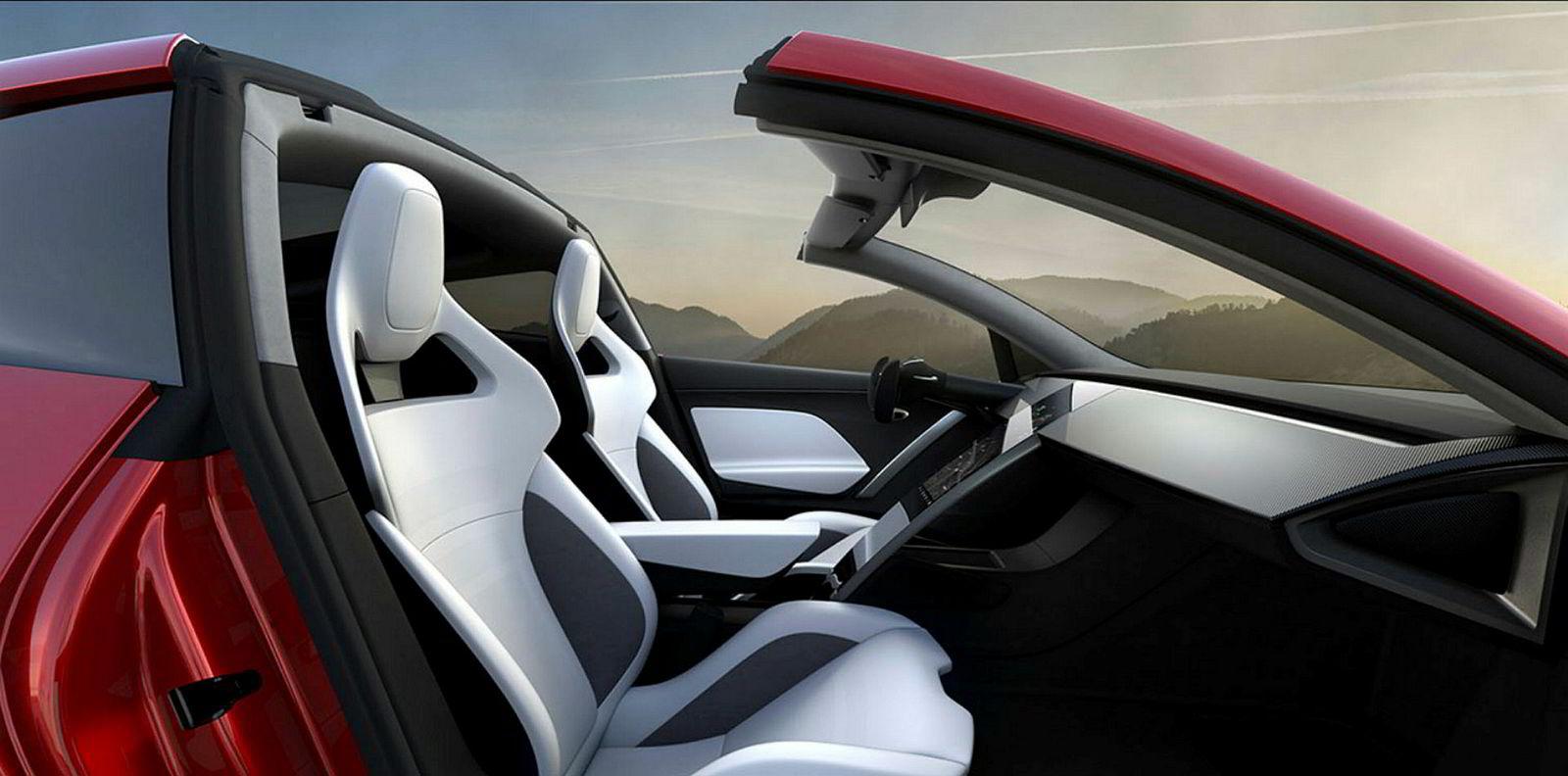 Tesla Roadster har avtakbart tak og plass til fire.