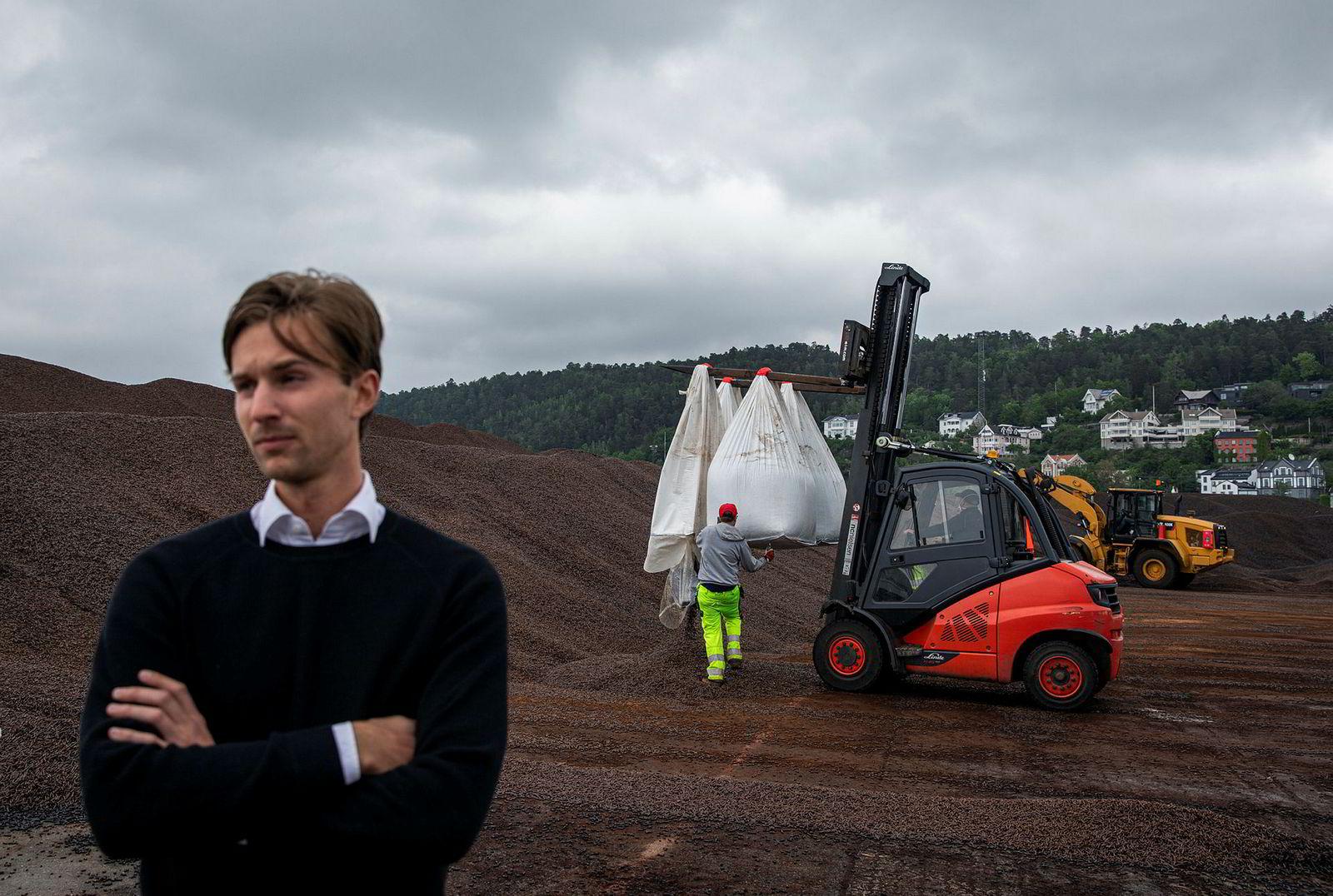 Bjørn Halvard Knappskog overtok ledelsen av Arbaflame i fjor etter broren Håkon og faren Bjørn Knappskog.